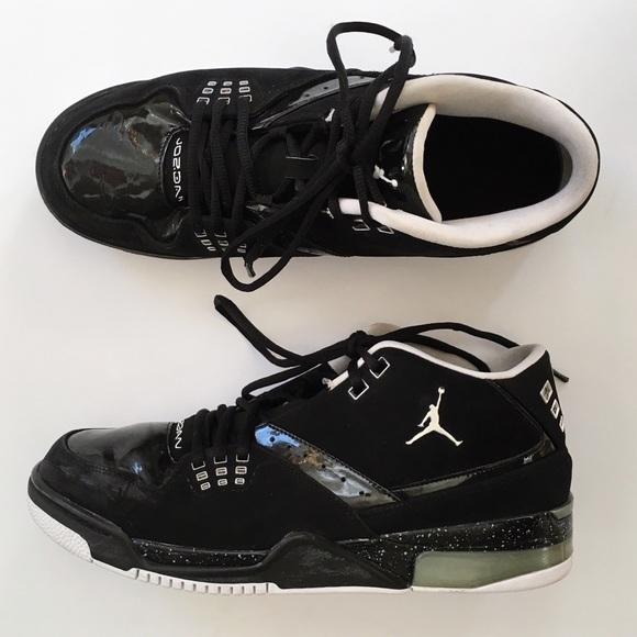 45fb67ef92a4 Nike Shoes